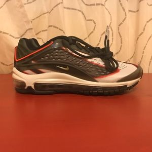 Nike air max deluxe youth size 6